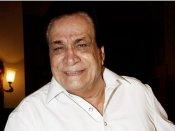 कादर खान के निधन से सदमे में फैंस, सोशल मीडिया पर उमड़ा आंसुओं का सैलाब