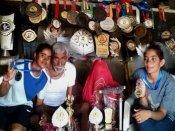 गरीब सुमन-हीरालाल के पैदा हुई 2 बेटी, दोनों बहनें बनी नेशनल प्लेयर, पदकों से भर दिया घर, VIDEO