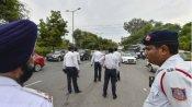 कर्नाटक: दो दोपहिया वाहन पर चार साल से ऊपर की सवारी के लिए भी हेलमेट अनिवार्य