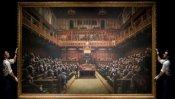 मिनटों में 85 करोड़ रुपये में बिकी संसद में बैठे चिंपाजी वाली पेंटिंग, जानिए खासियत