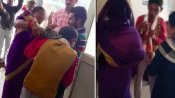 कतार में खड़ी महिला के पीछे मौजूद युवक ने की अश्लील हरकत तो चप्पलों से पिटा, देखें वीडियो