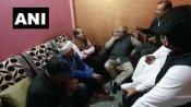 IB अधिकारी अंकित शर्मा के परिजनों से अधीर रंजन ने की मुलाकात