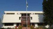 पाकिस्तान में गायब हुए भारतीय दूतावास के अधिकारी रिहा, शरीर पर दिखे चोट के निशान