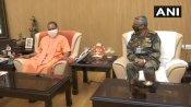 आर्मी चीफ जनरल नरवणे का लखनऊ दौरा, सीएम योगी से की मुलाकात