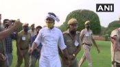 राज्यसभा सांसदों के निलंबन के खिलाफ विजय चौक पर AAP का प्रदर्शन, हिरासत में लिए गए कई कार्यकर्ता