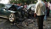 कासगंज: स्विफ्ट डिजायर से टक्कर के बाद उड़े BMW के परखच्चे, 4 लोगों की दर्दनाक मौत