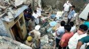 बलरामपुर: बारूदी विस्फोट से मकान ध्वस्त होने के मामले में चौकी इंचार्ज समेत 5 निलंबित, यहां हुआ क्या था?