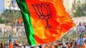 बिहार: चुनाव आयोग तक पहुंची BJP के 'फ्री वैक्सीन' की शिकायत, शख्स ने लगाया ये आरोप
