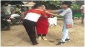 जालौन: छेड़खानी का आरोप लगा महिलाओं ने की कांग्रेस जिलाध्यक्ष की पिटाई, पुलिस ने दर्ज किया केस, जानें पूरा विवाद