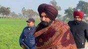 शॉल ओढ़ने पर कांग्रेस नेता नवजोत सिंह सिद्धू ने क्यों मांगी माफी