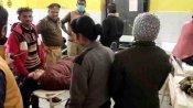 Ayodhya: कोरोना वैक्सीनेशन के बाद 8 महिला पुलिसकर्मियों को सिर दर्द और उल्टी की शिकायत, अस्पताल में हुई भर्ती