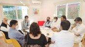 यूपी चुनाव की तैयारियोें में जुटीं प्रियंका गांधी, घोषणा पत्र को लेकर दिल्ली में की अहम बैठक