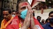 असम पहुंचे राहुल गांधी ने किए कामाख्या मंदिर में दर्शन, बोले- हम जो वादा लोगों से कर रहे, उसे निभाएंगे