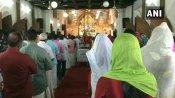 पाम संडे के मौके पर जुटे ईसाई समाज के लोग, कोरोना गाइडलाइन के तहत हुई प्रार्थना सभा