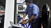 पेट्रोल-डीजल पर राहत: लगातार 15 दिन स्थिर रहने के बाद घटे दाम, जानिए आज का रेट