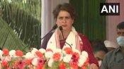जोरहाट: प्रियंका गांधी ने पीएम मोदी से पूछा- क्या कभी पीएम चाय बागान गए हैं?
