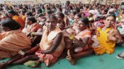 कैसे गोंड आदिवासियों ने अपना 'संविधान' बनाकर सिखाया शराब से बचने का तरीका