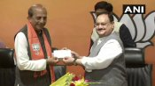 West Bengal: ममता बनर्जी को एक और झटका, दिग्गज नेता दिनेश त्रिवेदी भाजपा में शामिल