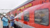 Indian Railways:इन राजधानी एक्सप्रेस ट्रेनों से कम किए गए डिब्बे, सफर से पहले कोविड गाइडलाइंस देखिए