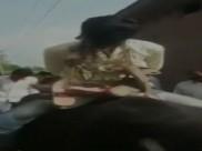 रामपुर: 8 साल के लड़के से दुष्कर्म के आरोपी का मुंह काला कर पूरे गांव में भैंस पर घुमाया
