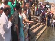 वाराणसी पहुंची प्रियंका गांधी ने काशी विश्वनाथ मंदिर में पूजा-अर्चना की