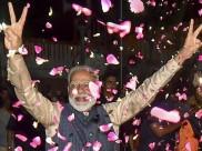 मोदी मेरे भगवान, जीत की खुशी में चाकू से अपने सीने पर लिखा 'मोदी'