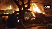 मुंबई के मझगांव में लकड़ी के गोदाम में लगी भीषण आग, मौके पर पहुंचीं दमकल की 8 गाड़ियां