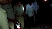अवैध संबंध रखने के संदेह में मां को बेटे ने लाठी से पीट-पीटकर मार डाला, पिता के साथ हुआ फरार