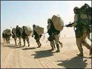 'अगस्त, 2010 तक इराक़ से लौटेंगे सैनिक'