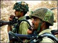 कश्मीर में संघर्ष: 19 मारे गए