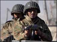 पाकिस्तान में रॉकेट हमला, आठ की मौत