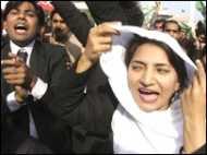 'वकीलों के आंदोलन की बड़ी जीत'
