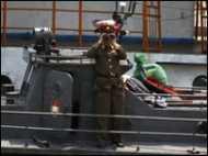 दक्षिण कोरिया और अमरीकी सेना सतर्क