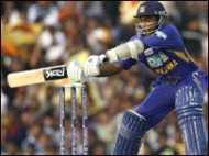 श्रीलंका ने आयरलैंड को नौ रन से हराया