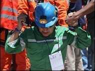 चिली: दो के अलावा सभी खनिक घर गए