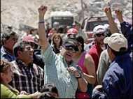 चिली: खनिक पहुँचे प्रार्थना सभा में
