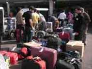 एयरपोर्ट में सामान खोए तो लॉग इन करें