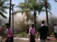 इंडोनेशिया: सुनामी में मरने वालों की संख्या 400 के पार