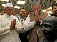 महात्मा गांधी से ज्यादा भरोसेमंद हैं अन्ना: सर्वे