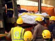 600 किलो का आदमी बीमार, क्रेन से पहुंचाया गया अस्पताल