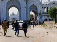 बांग्लादेश में सांपद्रायिक हिंसा चरम पर, घरों-मन्दिरों पर कब्जा, तोड़फोड़