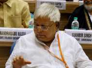 Bihar: अब नहीं चल पाएगा बिहार में लालू का 'बस'