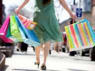 OMG! शॉपिंग का ऐसा चस्का कि सिर पर चढ़ा 40 लाख का कर्ज