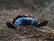डेंजरस ड्रिपेशन: 25 दिनों तक बड़े भाई की सड़ी-गली लाश के साथ सोता रहा भाई