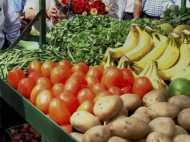 कौन कहता है घट रहे हैं दालों-सब्जियों के दाम