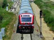दो समानांतर दीवारों के बीच दौड़ेगी दिल्ली-आगरा सुपरफास्ट ट्रेनें