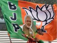 दिल्ली के स्कूल ने रोकी सैलरी, कहा टीचर, स्टूडेंट्स ज्वॉइन करें बीजेपी