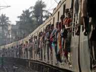 रेल यात्रियों के लिए खुशखबरी, जनरल टिकट के किराए में करें स्लीपर में सफर