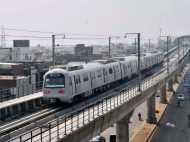 दिल्ली-एनसीआर को बड़ा झटका, बढ़ सकता है मेट्रो का किराया
