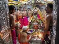 सावन के अंतिम सोमवार पर करें शिव-पूजा, हो जायेंगे माला-माल